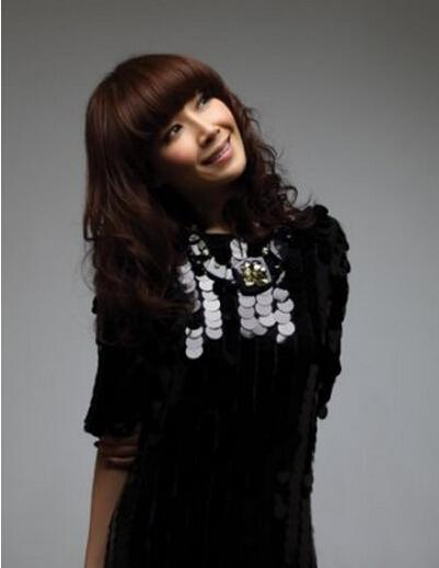 2012年2月8日   Cosmopolitan    關心妍 八年奮戰c