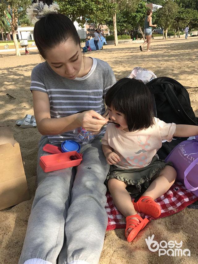 2017年10月27日 Easy PaMa 關心妍女仔矝貴發自內心b