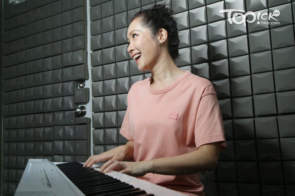 關心妍開班教唱歌籌經費幫助有需要的情緒病童。(陳智良攝)