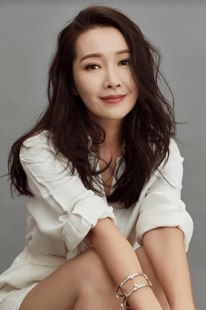 2019年4月22日 明報娛樂 mpweekly 入行18年 關心妍重投歌手身份 展開內地巡唱a